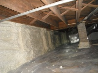 Encapsulated crawlspace
