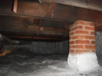 Encapsulated crawlspace area